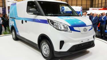 LDV EV30 - front