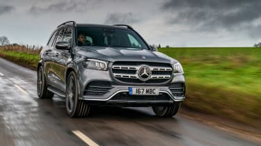 Mercedes GLS - front tracking