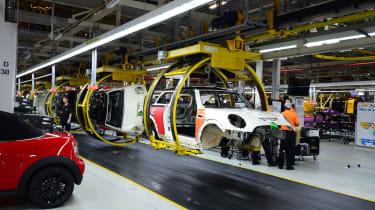 MINI factory tour - production line