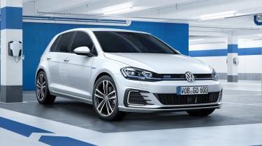 New 2017 Volkswagen Golf GTE - front