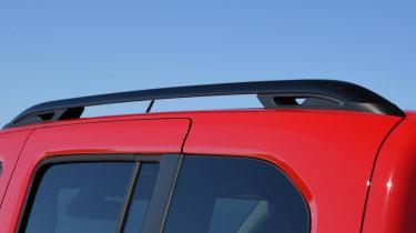 Peugeot Rifter roof rails