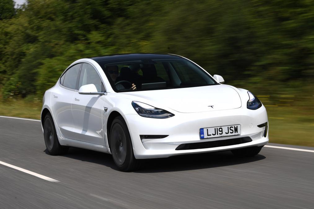 New Tesla Model 3 Long Range Uk Review Auto Express