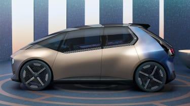 BMW i Vision Circular concept - side