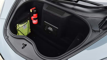 Porsche 911 Cabriolet - boot