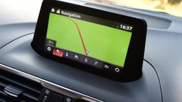 Mazda 3 2016 - infotainment