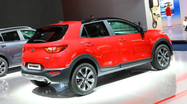 Kia Stonic - Frankfurt red rear
