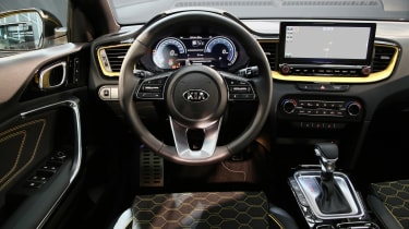 Kia XCeed - dash
