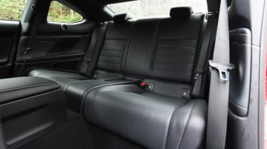 Lexus RC - rear seats