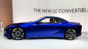 Lexus LC 500 Convertible - Los Angeles roof closed
