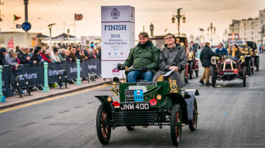 London to Brighton Veteran Car Run  -  steve finish