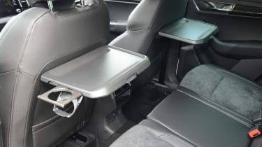 Skoda Karoq - tray tables