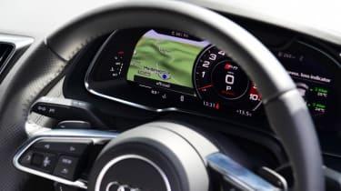 Audi R8 - dials