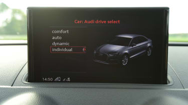 audi rs 3 saloon infotainment