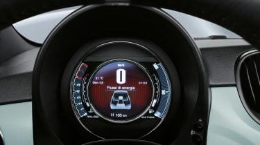 Fiat 500 hybrid - dial