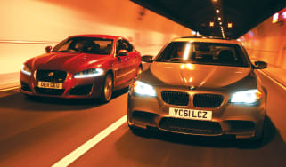 BMW M5 vs Jaguar XFR