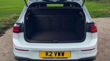 Volkswagen Golf GTD - boot