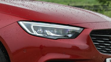 Vauxhall Insignia Sports Tourer Elite Nav - front light