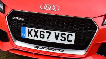 Audi TT RS - grille