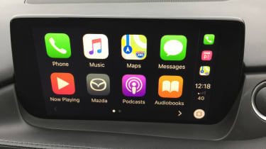 mazda 6 infotainment apple carplay
