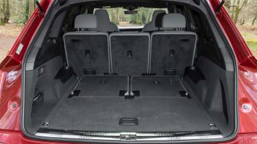 Audi SQ7 - boot