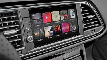 SEAT Leon - infotainment screen