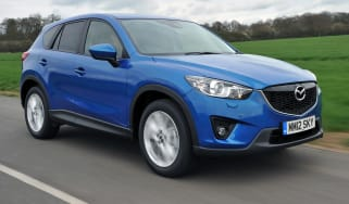 Mazda CX-5 2.0 front tracking