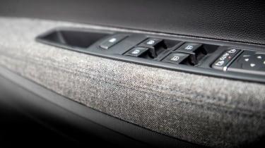 Renault ZOE - door detail