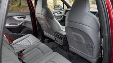 Audi SQ7 - rear seats