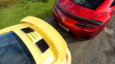Honda NSX vs Porsche 911 Turbo - rear details