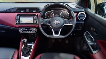 Nissan Micra - dash