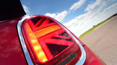 MINI Convertible - rear light