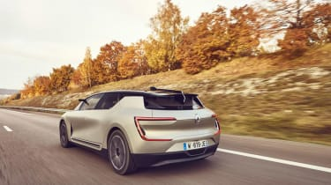 Renault Symbioz concept - rear tracking