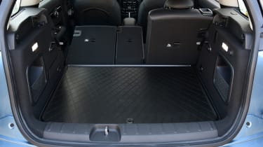 MINI Clubman ALL4 2016 - boot seats down