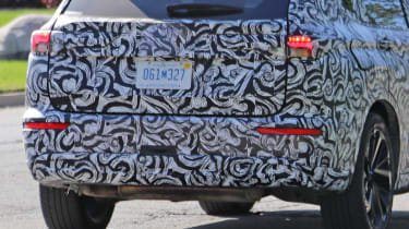 Mitsubishi Outlander - spyshot 10