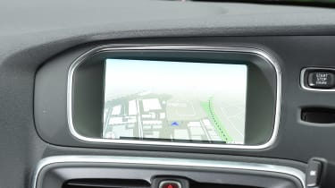 Volvo V40 Cross Country - sat-nav