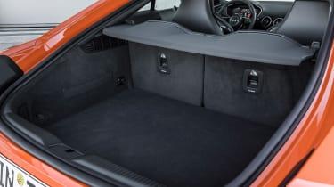 Audi TT S - boot