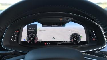 Audi Q8 - dials