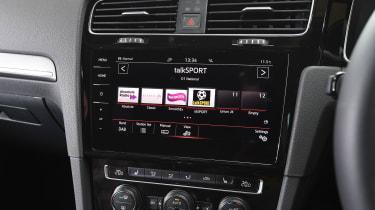 Volkswagen Golf GTI - radio