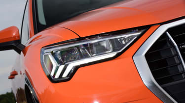 Audi Q3 - headlight
