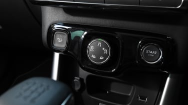 Citroen C3 Aircross - controls