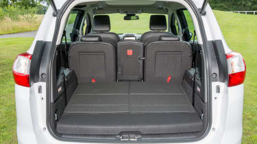 Ford Grand C-MAX 2016 - boot five seats