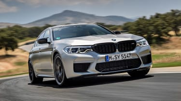 BMW M5 Competition - front tracking