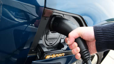 Audi e-tron 55 quattro second report - charging