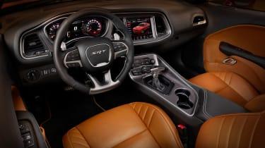 Dodge Challenger Hellcat SRT - dash