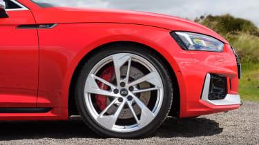Audi RS5 - side profile