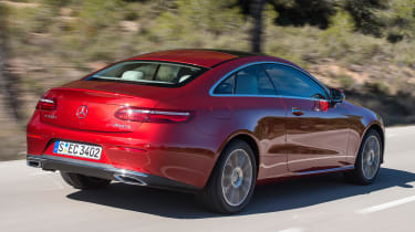 Mercedes E-Class Coupe - E 220d rear tracking