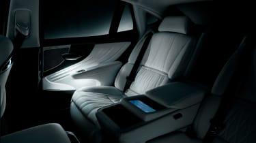 Lexus LS review - seats