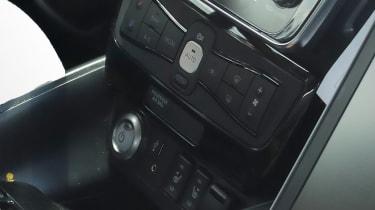 2018 Nissan Leaf spy shot interior
