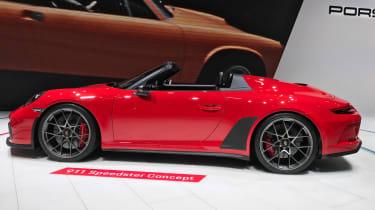 Porsche 911 Speedster - Paris side