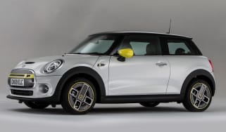 MINI Electric - front 3/4 static